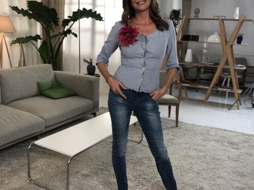 """la Conduttrice Tessa Gelisio per l'Amazzonia con l'associazione """" forPlanet """""""