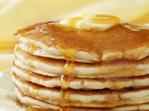 Pancakes allo sciroppo d'acero: ecco la ricetta veloce