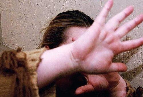 Ragazza disabile abusata per 2 anni sui bus di linea: indagati 8 autisti di Taranto. Ecco come agivano