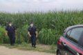Ragazze morte nel campo di mais, rintracciato l'amico 35enne che era con loro. Sentito in Procura